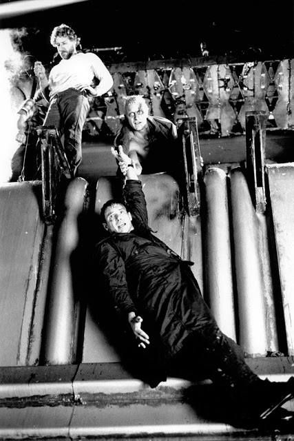 Blade Runner-behind the scenes photo of Ridley Scott, Rutger Hauer, and Harrison Ford, 1982.