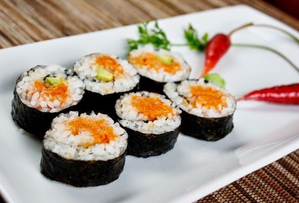how to make authentic sushi rolls