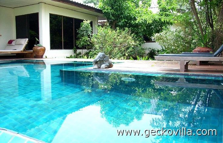 The private swimming pool at the Thai vacation rental Gecko Villa
