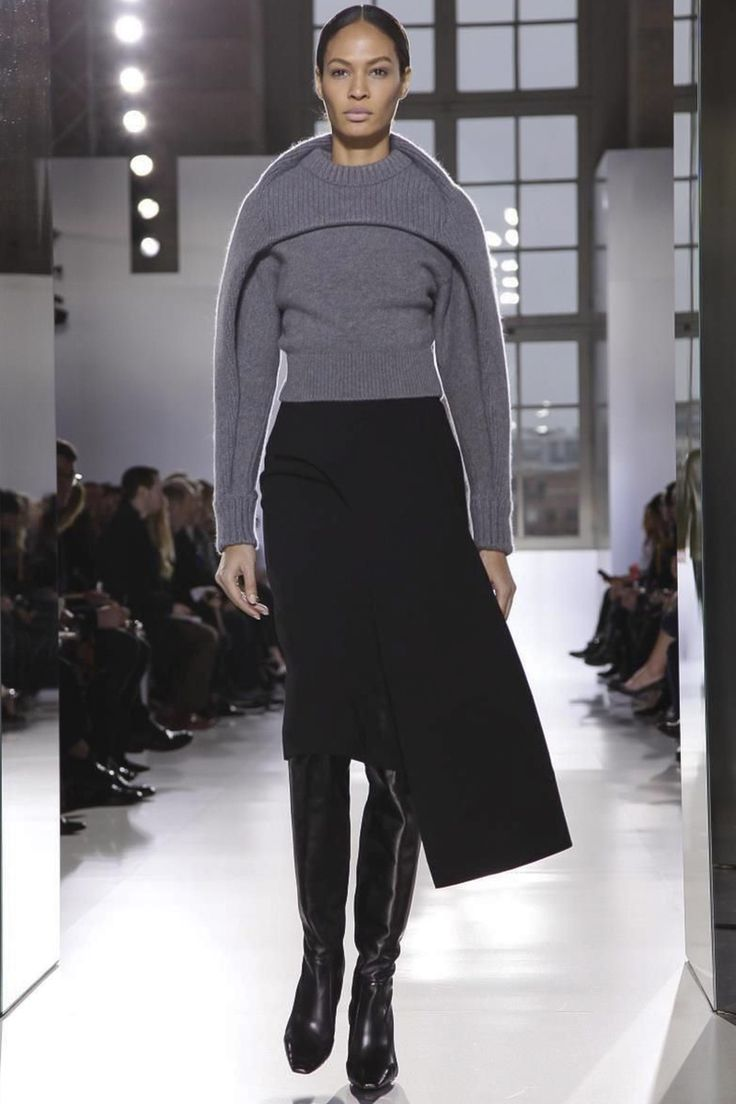 Balenciaga Ready To Wear Fall Winter 2014 Paris - NOWFASHION