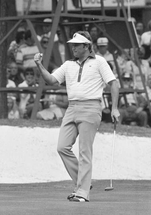 Raymond Floyd won the 1976 Masters with a 17 under par score of 271.