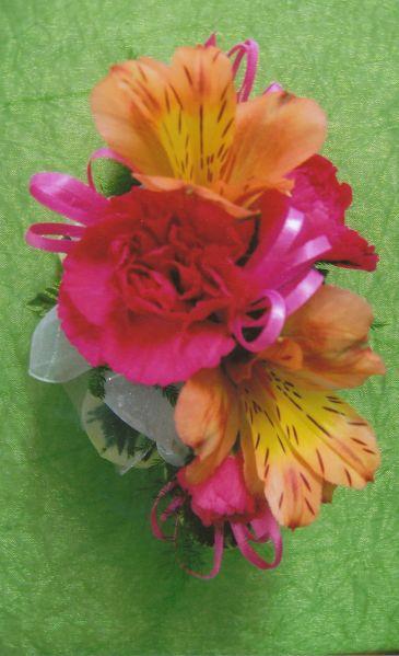 24 Best Cool Corsages Images On Pinterest Flower