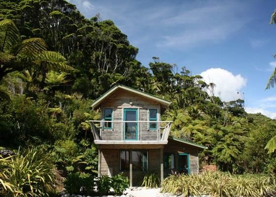 Gentle Annie Seaside Accommodation Beach Houses in Westport, Buller District | Bookabach