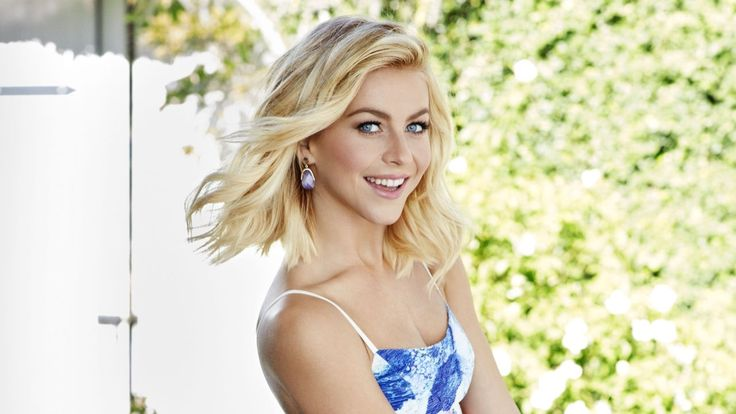 Julianne Hough Can't Stop Gushing Over Her Fiance Brooks Laich: He's 'My Leading Man'