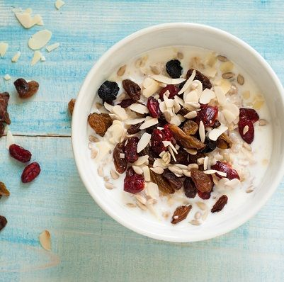Making your kids a healthy, delicious breakfast they'll love is easy with this simple oatmeal recipe.