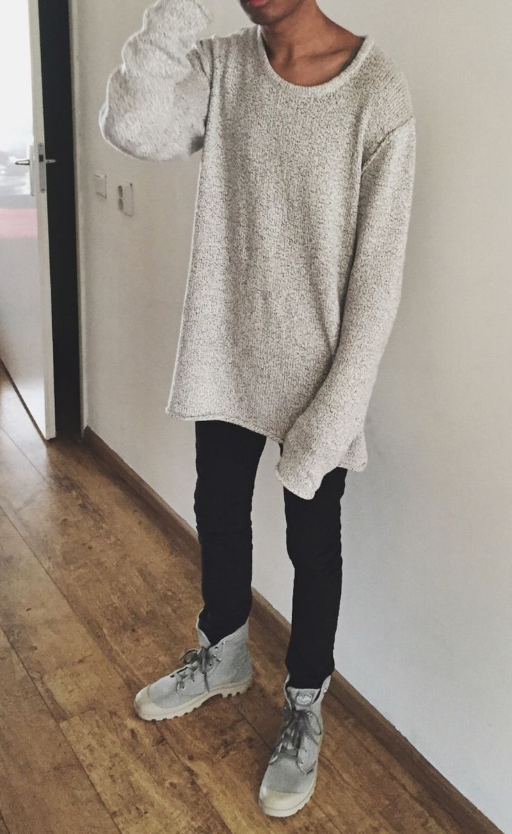 grey field boots with black denim and simple grey sweatshirt makes for a great fall fit