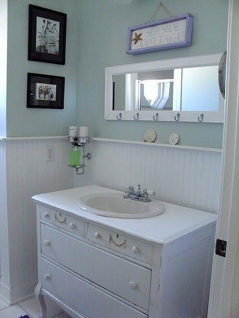 Google Image Result for http://nauticalcottageblog.com/wp-content/uploads/2011/10/Seaside-Cottage-Bathroom.jpg