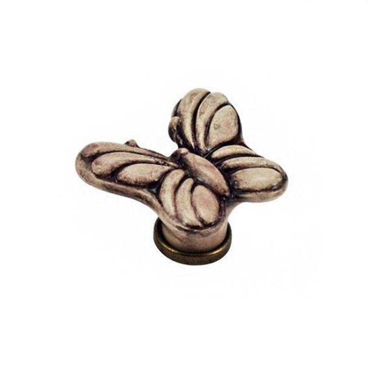 Pomolo per mobile a Farfalla - Ceramica finitura patinato 45 x 50 x H 30 mm - Porcellana #pomello #farfalla #mobili #decorazioni #casa #arredocasa