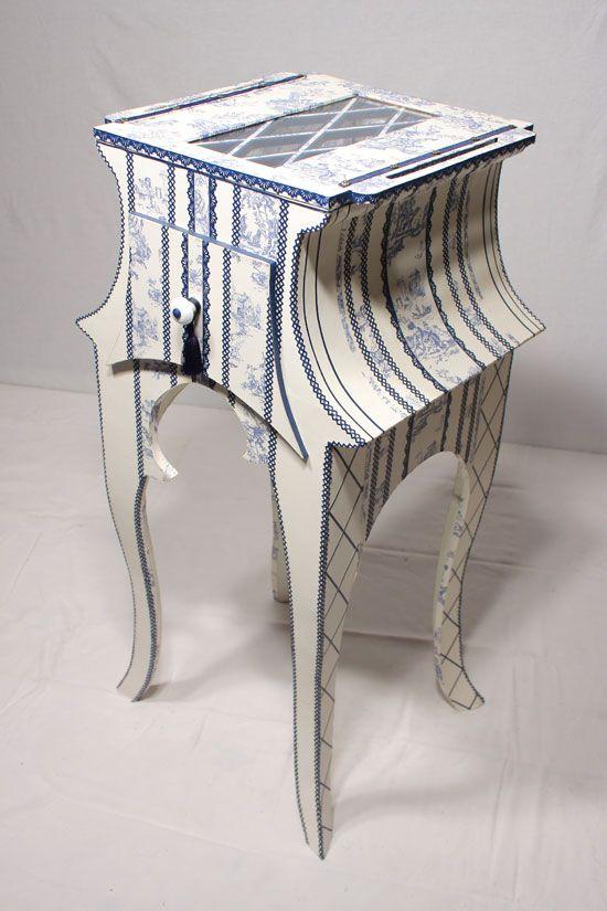 Trop beau !!!!! Faire pareil sur 1 meuble existant en bois ou sur une boîte à bijoux sur laquelle j ai rajouté des petits pieds