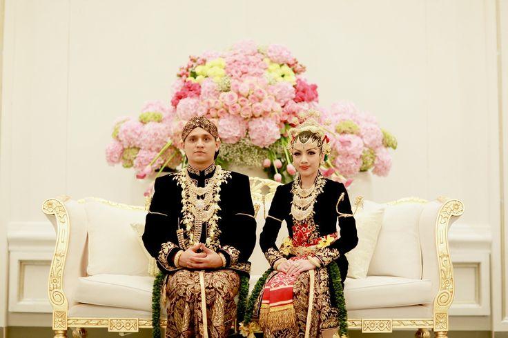 Pernikahan Adat Jawa, Fala dan Ihsan di Jakarta