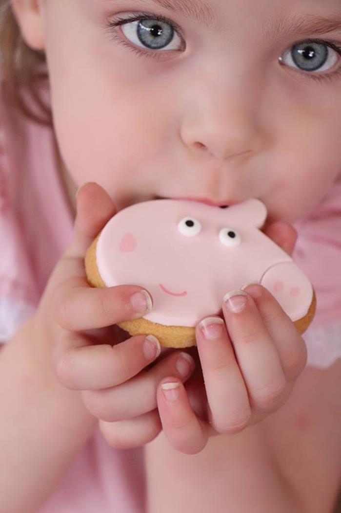 Peppa Pig Twins Party with LOTS of CUTE IDEAS via Kara's Party Ideas | KarasPartyIdeas.com #peppapig