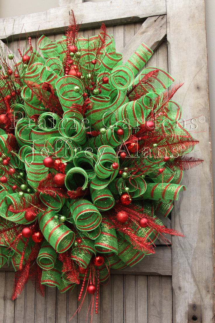 Great Christmas wreath made with deco mesh curl method