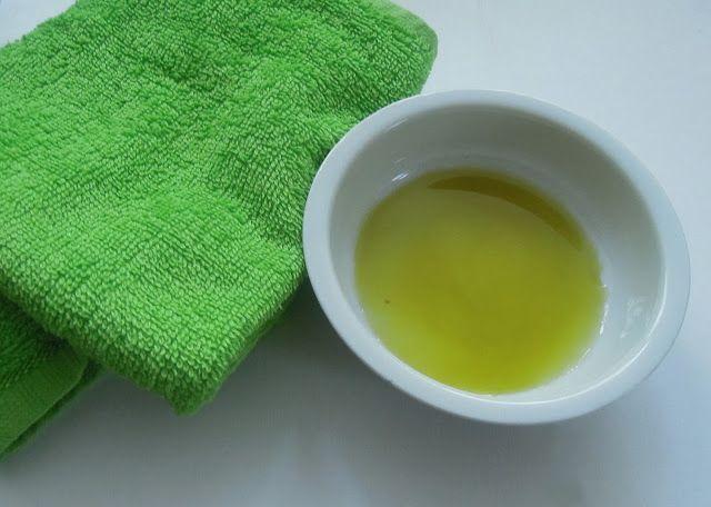 Kiss a Bee: Oil Cleansing Method - revoluce v čištění pleti