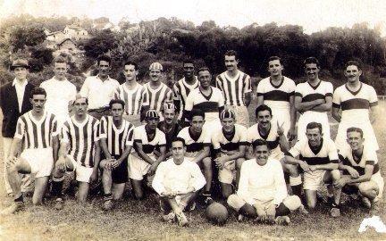 Time de futebol de Cambuquira. Alguém se habilita a identificar qual o time e quais os atletas?