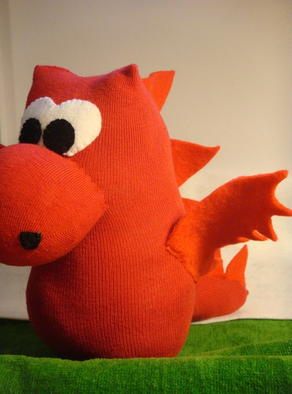 We're loving this Sock Dragon. Perfect for St Davids Day, this cute dragon is by Welsheggdesigns on Etsy, £6.50 | #stdavidsday #crafts