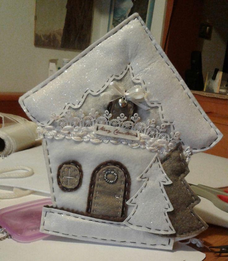 casetta augurale in feltro - Luisa Valent