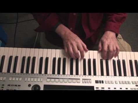Piano Accompaniment Pattern with 4 Fill In Notes - YouTube