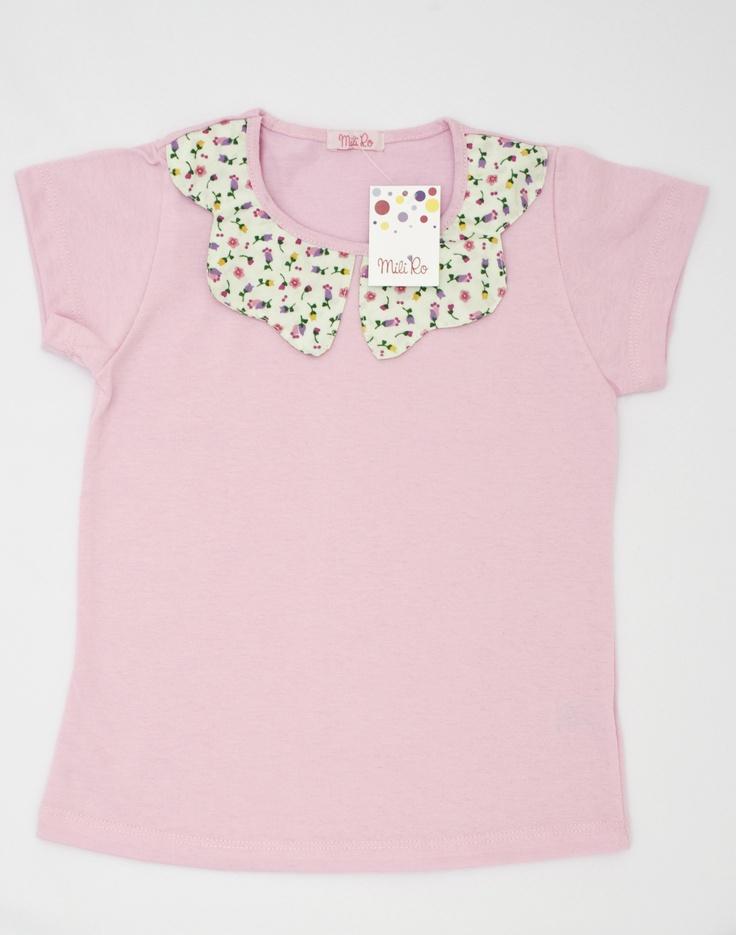 Remera Lulú: De jersey de algodón, con detalles de poplín en el cuello.