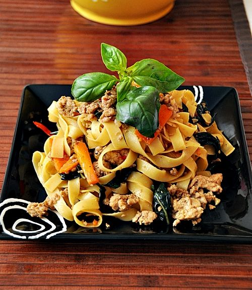 Tagliatelle with Spicy Thai Basil Chicken - and it looks delish!