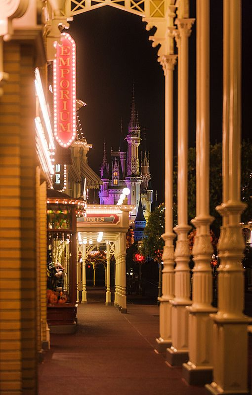 Shopping and a Castle - Photo by Tom Bricker