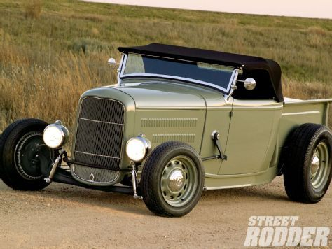 Nice 'lil grocey-getter/mulch hauler? 1932 Ford Roadster Pickup - Street Rodder Magazine