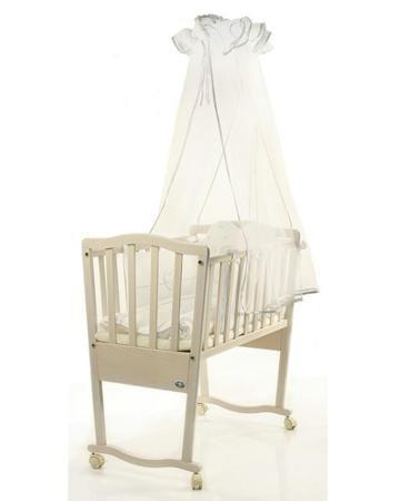 Bambolina Candy отбеленная древесина  — 12968р. ---------------- Колыбель Candy отбеленная древесина Bambolina - воздушная модель на колесиках. Изготовлена из массива бука. Для детей от рождения до 6-12 месяцев.