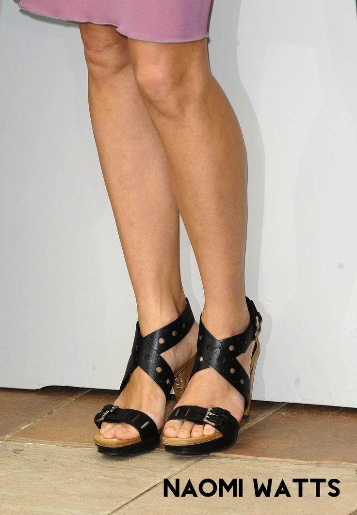 23 Sexiest Celebrity Legs And Feet - baklol