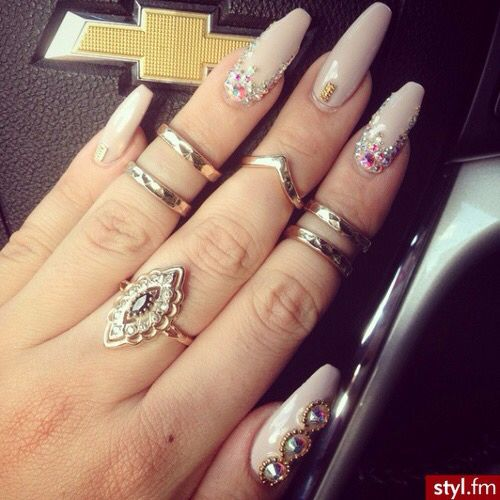 My Top 10 And Top 5 Nail Artists Who: 279 Best Images About Uñas Picudas ♡. On Pinterest