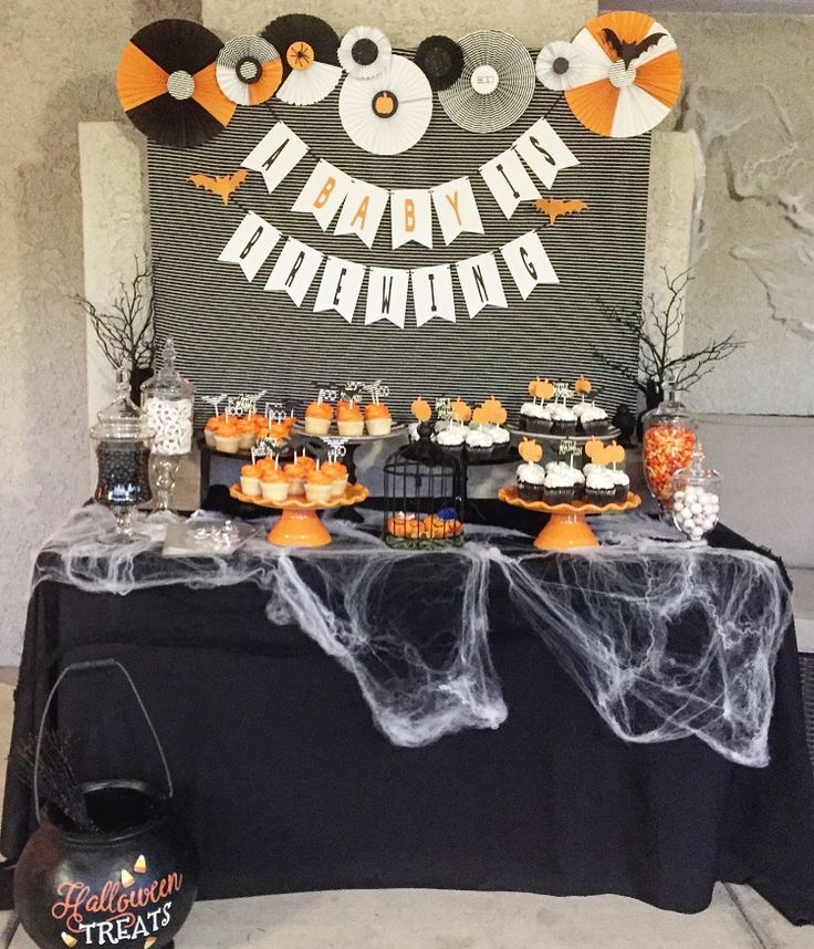 A baby is brewing,Halloween candy table, Halloween baby, Halloween baby announcement, pregnancy announcement ideas, black and white Halloween
