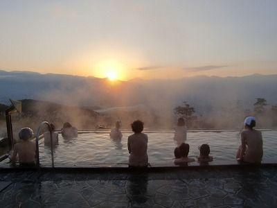 富士山温泉ほったらかし温泉 紅富士&ご来光待ち