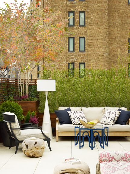 Wesley Moon - Interior Designer - New York - Contemporary - Eclectic - Outdoor Room - Garden - Sofa - Lounge - Entertaining - Upholstered Chair - Lamp - White - Blue