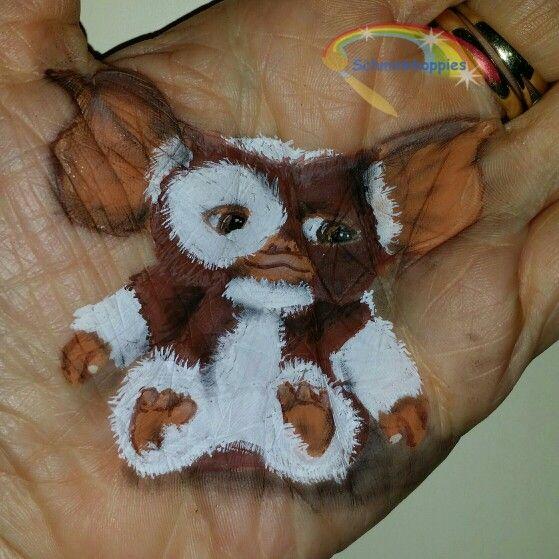 Little Gremlin painted by Schminkkoppies.  Facepaint www.schminkkoppies.nl Gizmo