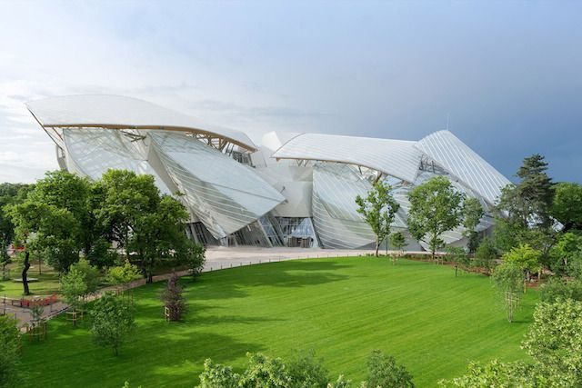 Fondation Louis Vuitton by Frank Gehry  Awe before your eyes.