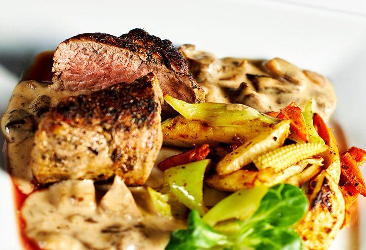 Pořádný kus masa s grilovanou zeleninou jen u nás! #pytloun #food #liberec