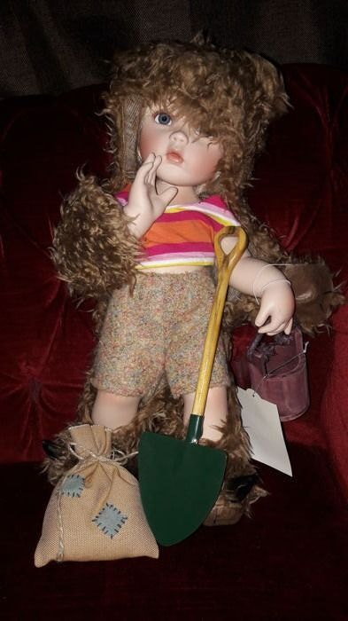 Online veilinghuis Catawiki: Teddy doll - Oncrown Collection - made by Melody Chen. 185 of 777.