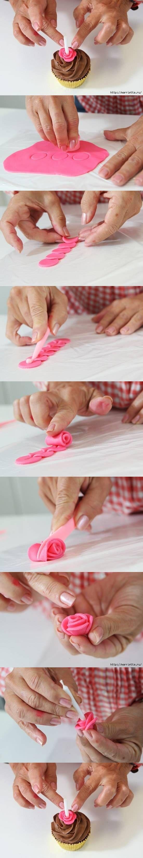 DIY Cupcakes Roses Decoration