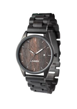 ULLI is our all-rounder: puristically elegant, cheerful and the ideal companion for every occasion. The uniquely grained Zebrano wood adds cosmopolitan flair to this model. The stainless steel case has a real wood dial and a refined display of the date. This watch was designed for women and men, who appreciate clear and simple lines.