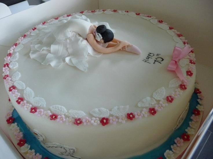 swan lake cake!