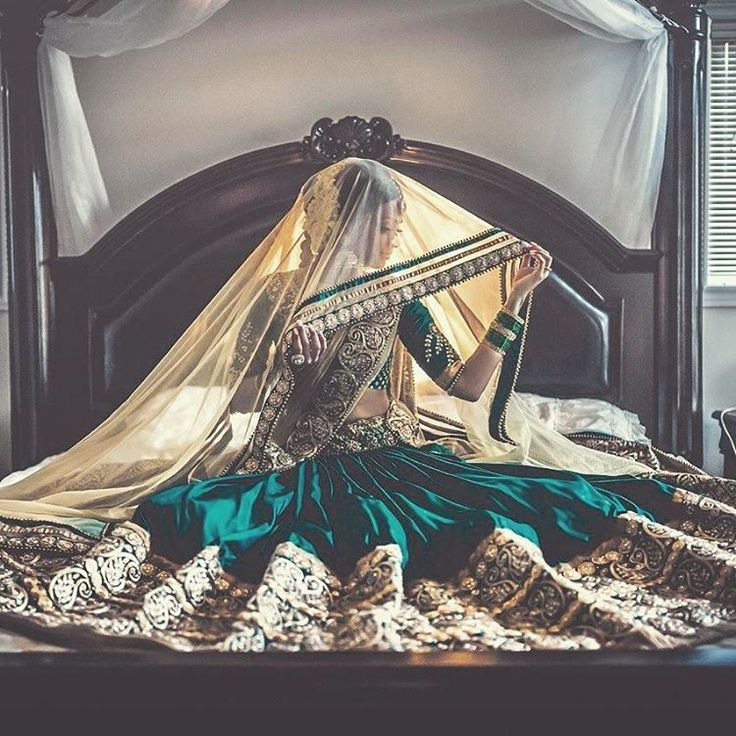 We love that Emerald green and gold lehenga! Photo Credits : @paulthava…