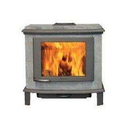 De #Altech Nobles is de kleinste telg uit de Altech familie en heeft natuurlijk alle eigenschappen die u van een echte speksteenkachel verwacht. Ook in de Altech Nobles kunt u stoken tegen het 5,5 cm dikke speksteen. Dit geeft nadat, het vuur is gedoofd nog wel 8 uur een behaaglijke stralingswarmte. #Fireplace #Fireplaces #Houtkachel #Houthaard