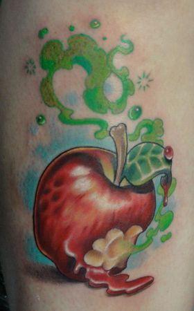 Poisoned apple tattoo   Snow White   Apple tattoo, Tattoos ...