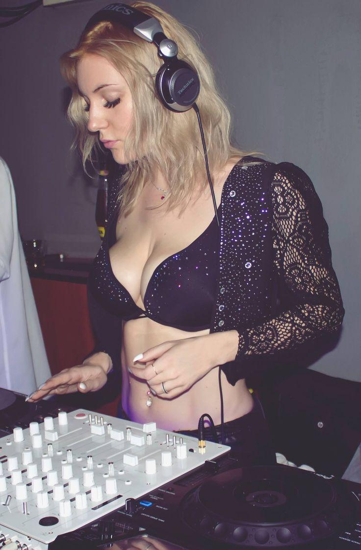 Female DJ Mirjami @ FUN House  #mirjami #djmirjami #djanemirjami #femaledj #dj #djing #djslife #djlife