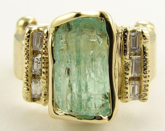 Green Beryl Artifact Ring in 18k Gold   What a beauty............