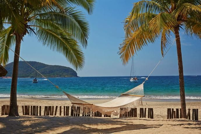 Hotel Deal Checker - Viceroy Zihuatanejo