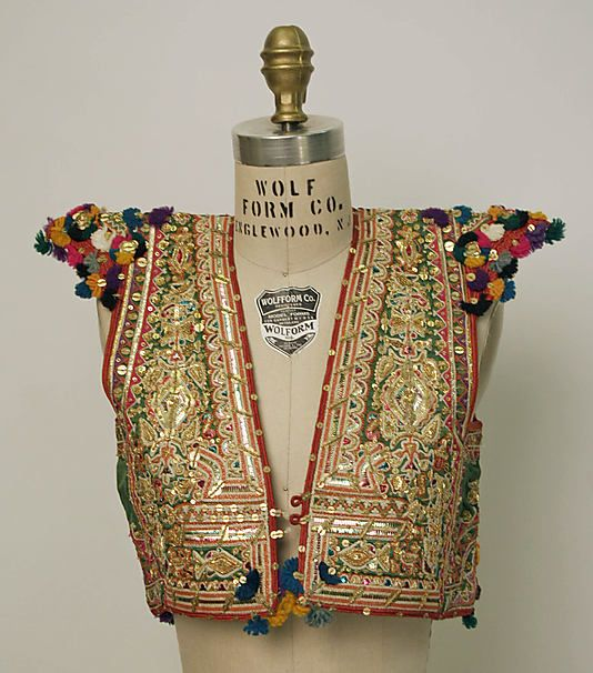 Tunisian wedding tunic ca. 20th c. #Saree #indian wedding #fashion #style #bride #bridal party #brides maids #gorgeous #sexy #vibrant #elegant #blouse #choli #jewelry #bangles #lehenga #desi style #shaadi #designer #outfit #inspired #beautiful #must-have's #india #bollywood #south asain