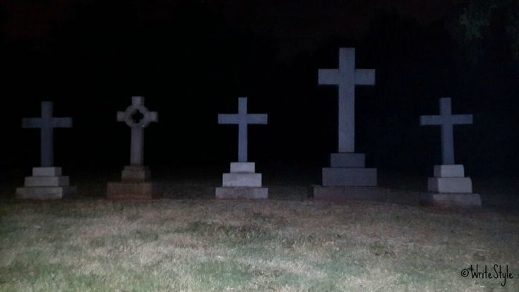Ghost Tour - Braamfontein cemetery, Johannesberg