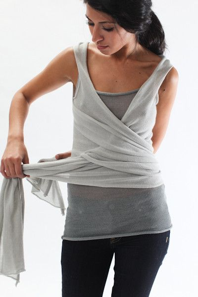 the souchi cotton cashmere viola vest. it can be worn so many ways!