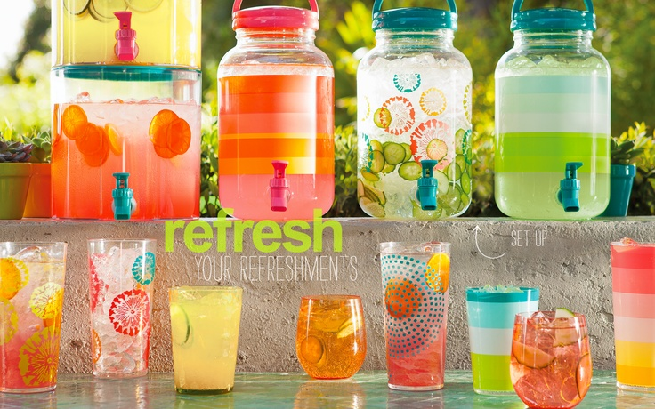 A row of jars of lemonade on a ledge, filled with various colors of lemonade and fruits, sitting above a glass table with colorful glasses.Summer Parties, Beverages, Patios Parties, Eating Drinks, Drinks Bar, Parties Ideas, Colors Coolers, Colors Glasses, Glasses Tables