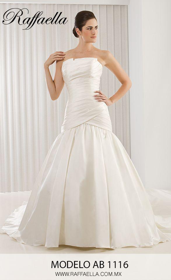 Modelo AB 116  Escoge un vestido de novia que te enamore y digas este es el vestido que siempre soñé! Qué emoción! Te esperamos pronto en nuestra tienda y encontremos juntas el vestido de tus sueños! <3 #MiVestido #Novia #MeCaso Raffaella Novias