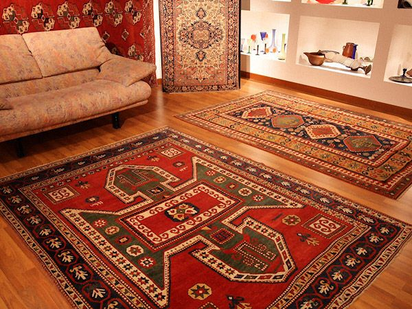KAZAK SEVAN • Showroom tappeti - Splendide foto dei nostri pezzi di arredamento, consulta le immagini e approfitta delle nostre offerte!